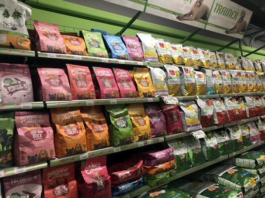 Prodotti per animali, alimenti per cani e caggi Iperanimal Cantello (Varese)
